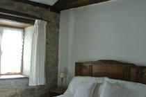 Characterful double bedroom - La Violette