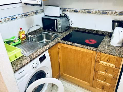 Holiday apartment, fully equipped kitchen, including fridge freezer