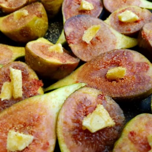 Roasting figs from our tree