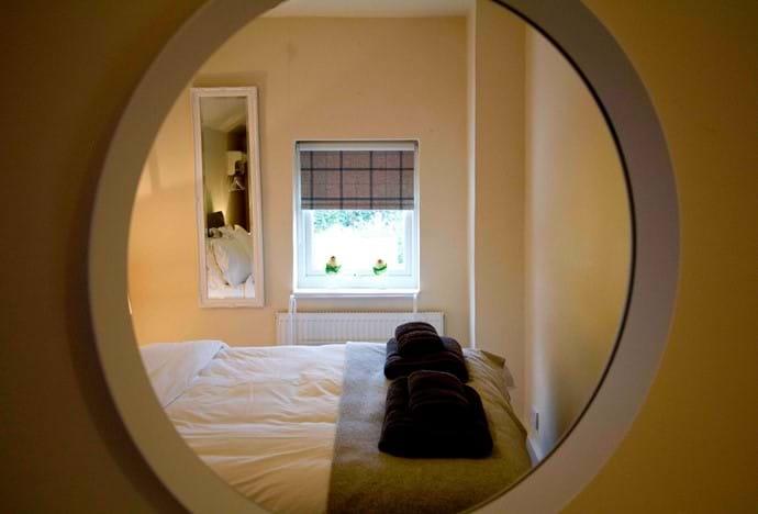 Bedroom 4 (King)