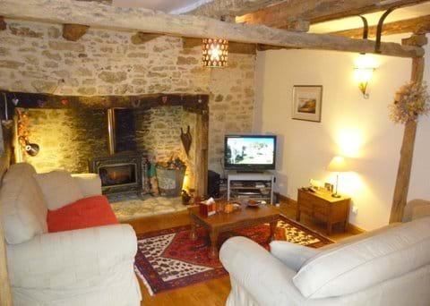 a traditional Dordogne farmhouse