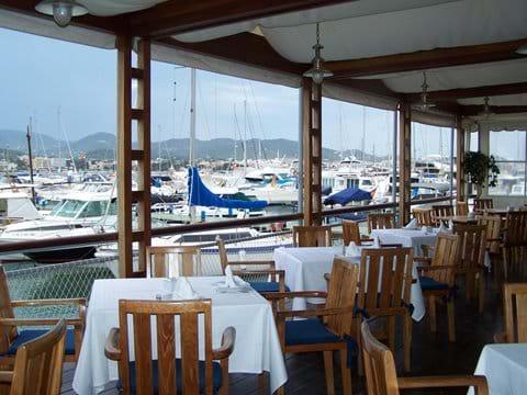 Nautico Club at the marina