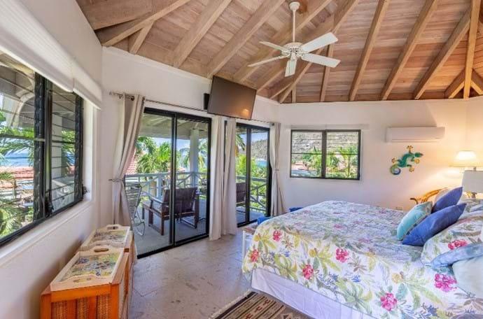 King Suite Beachfront Pavilion