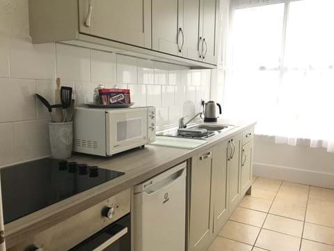 New kitchen (6 - Driftwood)