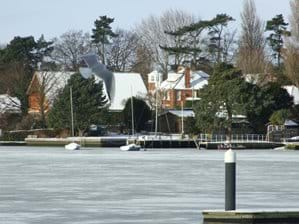 Oulton Broad winter freeze