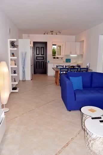 Spacious Blue & White Living Area!