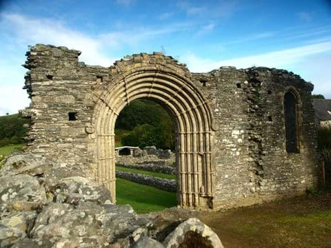 Strata Florida Abbey - Cadw