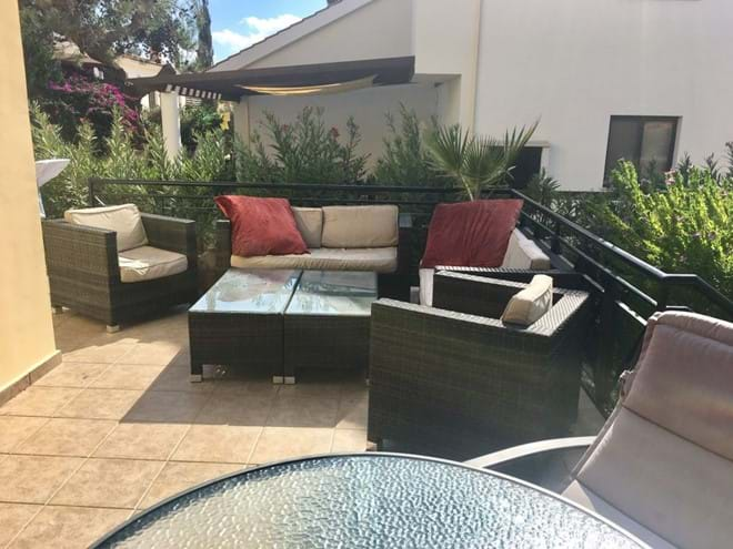 Home from Home Cyprus - Lounge outside