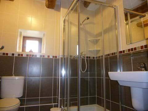 maim bathroom of the gite