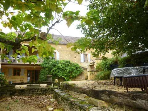 la Ferme offers 3 bedroom accommodation close to Sarlat-la-Caneda