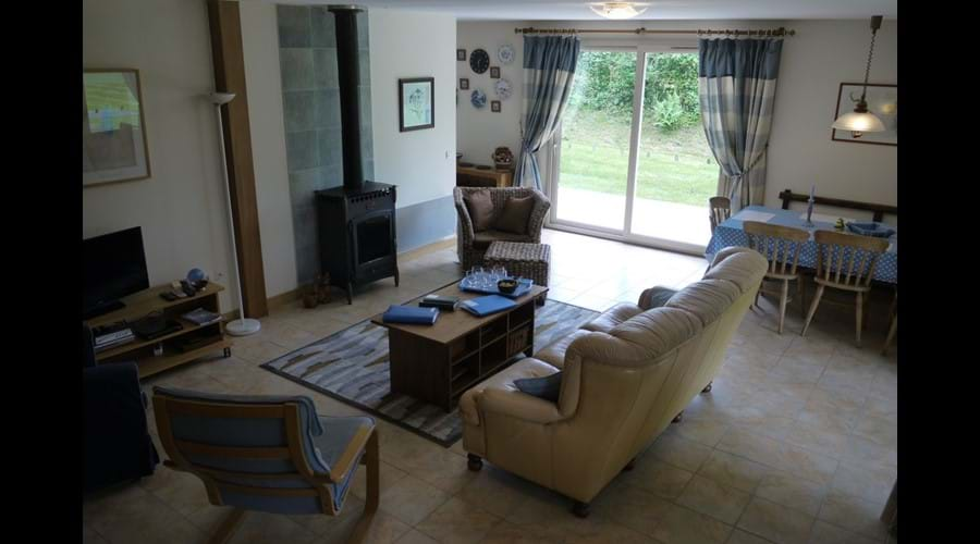 La Fresnaie - Sitting Room and Dining Area