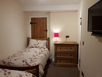 Twin Room with freeview Tv
