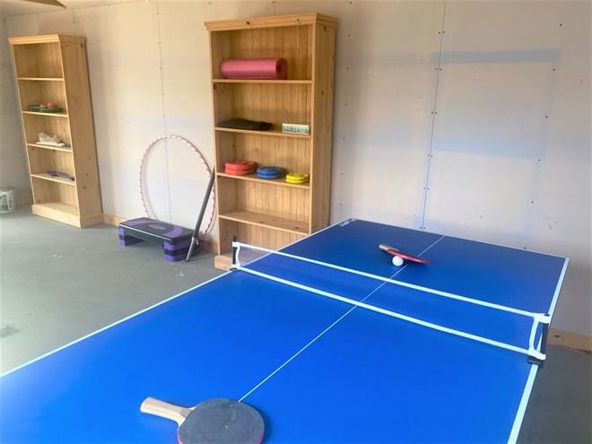 games rom has table tennis and gym equipment