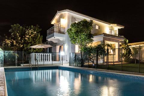 holiday villa Latchi Cyprus private pool