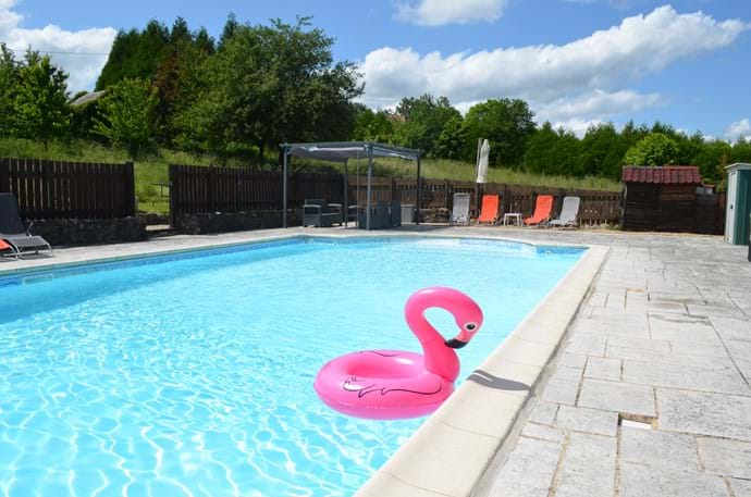 Large (12m x 6m) shared pool - Open June to September