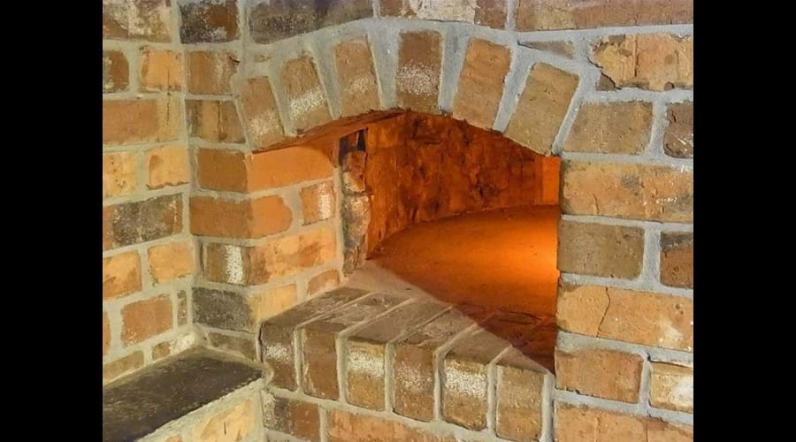 Inglenook oven feature