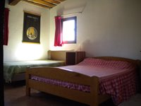 Double bedroom with extra single bed