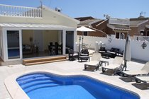 Villa with fantastic conservatory and private pool