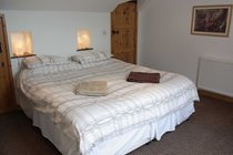 Bedroom - normally arranged as twin singles but can be configured as kingsize double on request