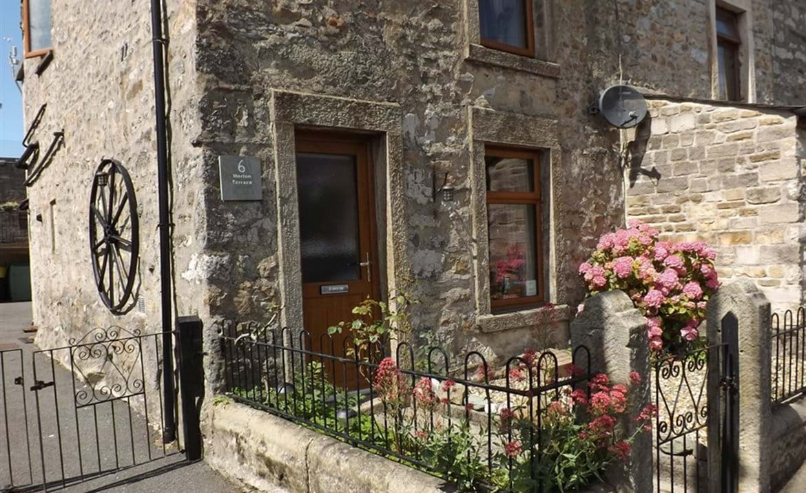 Surprising Tryst Cottage Ingleton A Bespoke 4 Star Self Catering And Interior Design Ideas Philsoteloinfo