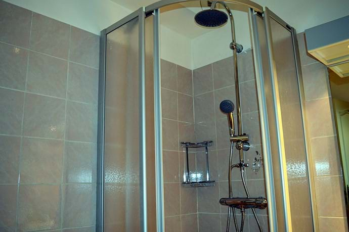 April 2016 - New Rainshower and Hand Shower in both Bathrooms.  All shower heads are perfect for of our taller guests!