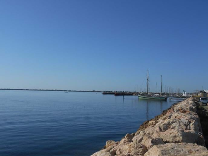 The Marseillan waterside just near your holiday accommodation