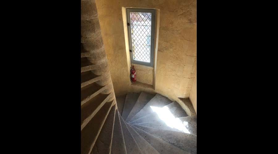 Building staircase