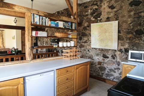 Goosepen Cottage kitchen