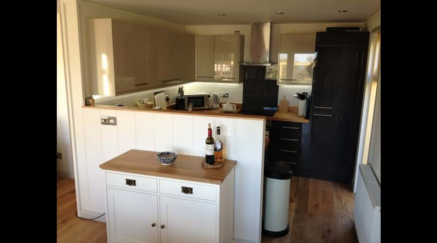 Comprehensively Equipped Open-Plan Kitchen