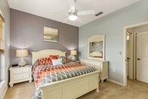 Bedroom 3 (American Queen bed)