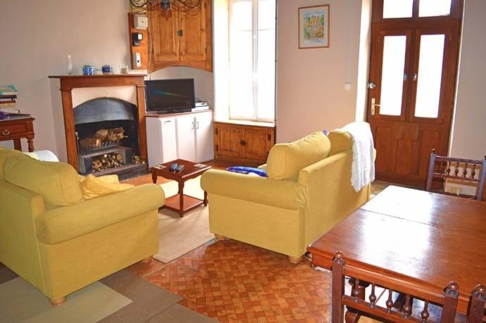 Volets Bleus Living Room.