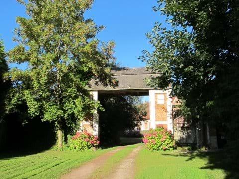Entrance to Ferme de Reffy - Welcome!