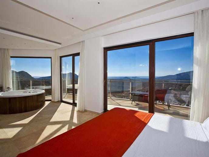 Every bedroom has a balcony and sea view