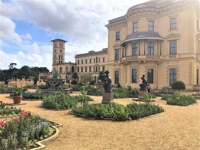Visit Queen Victoria
