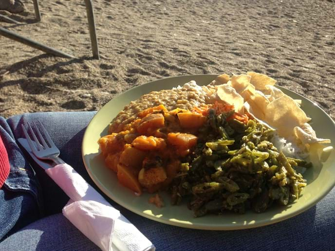 Evening curry on Barricane Beach