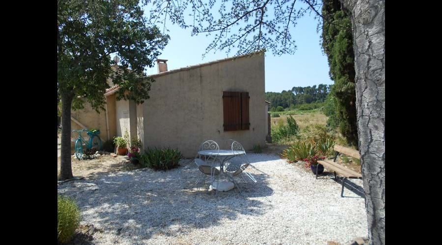 La Petite Tuilerie - Garden and vineyard view