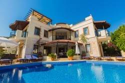 Villa Kismet - Luxury 5 bed Villa and Annex with Sea Views
