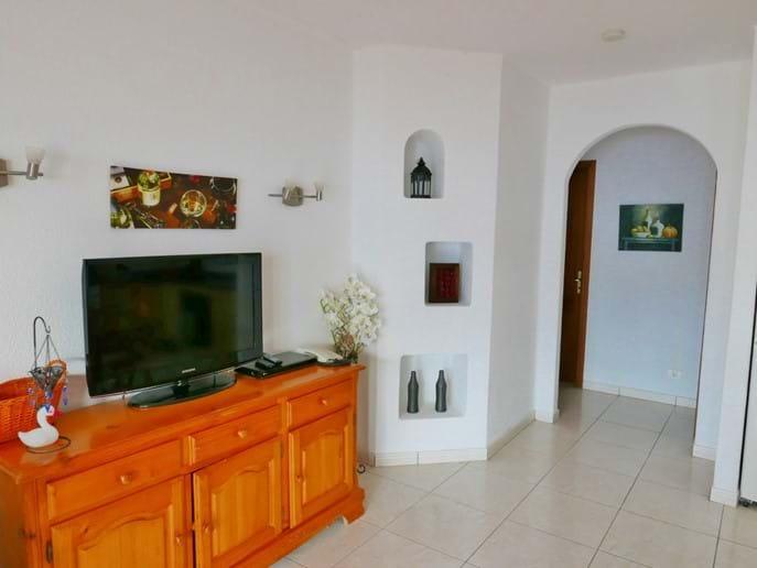 Open Plan Living Space - Villa 71