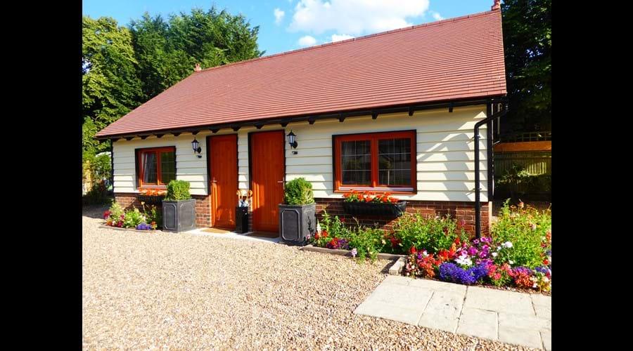 Handywater Barn (Sunflower & Lavender Rooms)