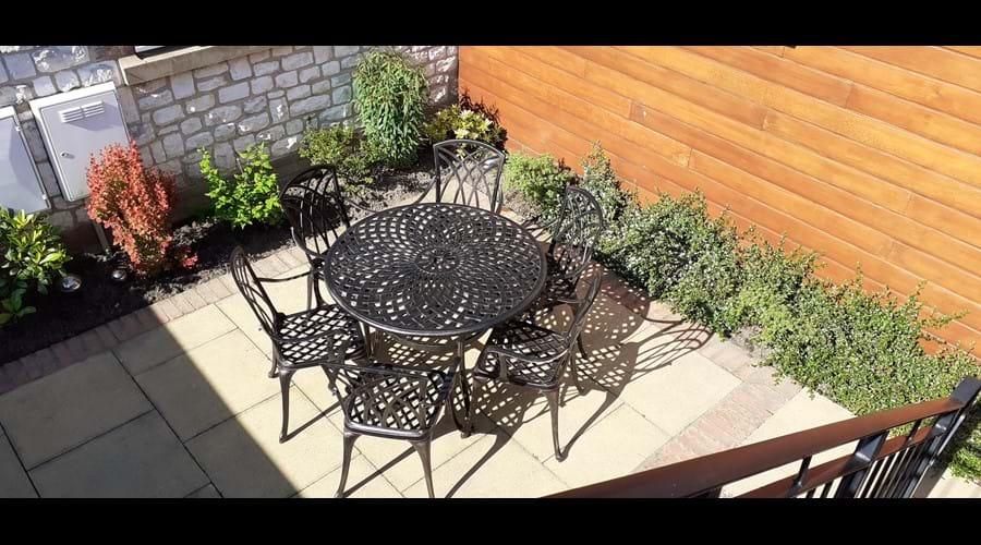 Enclosed rear patio/terrace