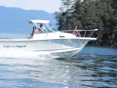 Boating on 35 miles of pristine water
