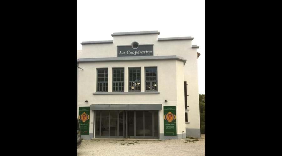 La Cooperative art gallery, Montolieu