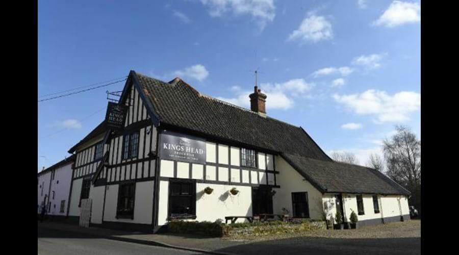 village inn -  kings head