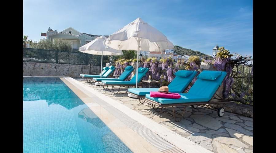 Pool side sun-loungers