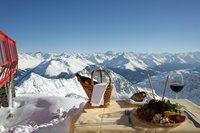 Lunch on top of the World at 2883 metres above sea level