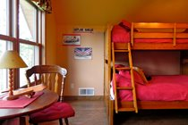 "Queen/twin bunk bed in ""Take Flight"" aviation theme bedroom"