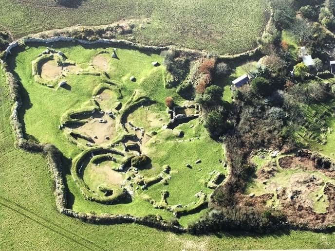 Can Euny, an Iron Age settlement