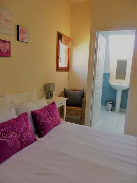 Double room with King size bed and ensuite