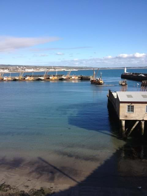 Newlyn harbour & full village facilities 5 mins walk