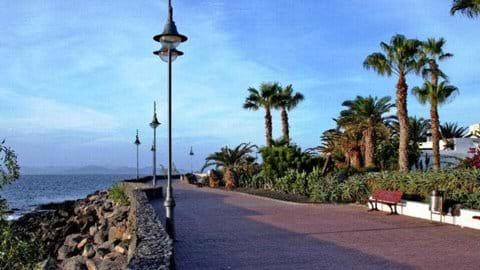 Walking boulevard